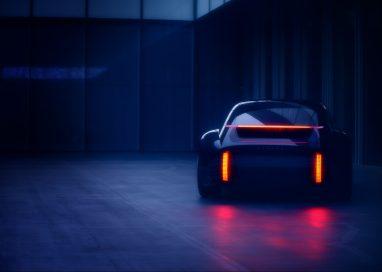 """ฮุนไดเตรียมเผยโฉมรถยนต์พลังงานไฟฟ้าต้นแบบรุ่นล่าสุด """"Hyundai Prophecy"""" ที่งานเจนีวา มอเตอร์ โชว์"""