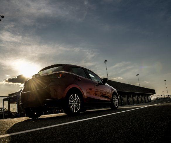 ทดลองขับ New Mazda 2  บนแทร็กสนามแข่งรถระดับโลก สนามช้างอินเตอร์เนชั่นแนล เซอร์กิต จ.บุรีรัมย์