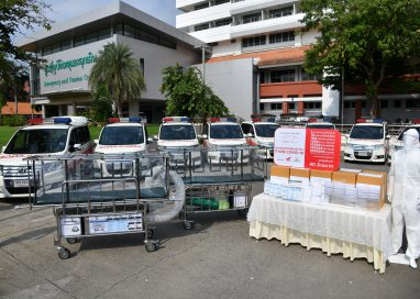 กองทุนฮอนด้าเคียงข้างไทย ส่งมอบเตียงเคลื่อนย้ายผู้ป่วยแบบแรงดันลบ 100 เตียง
