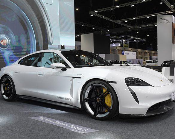 เปิดตัว Porsche Taycan พร้อมราคาสุดเร้าใจ ที่งาน Motor Show 2020
